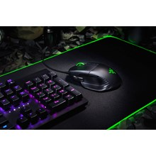 Razer Basilisk - Chroma Enabled RGB FPS Gaming Mouse, DPI Clutch & Customizable Scroll Wheel